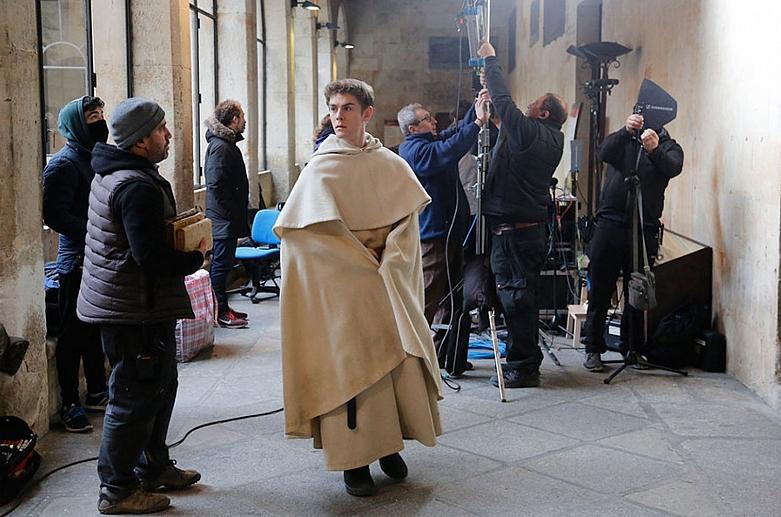 'Asesinato en la universidad', ambientada en la Universidad de Salamanca como homenaje por su VIII centenario